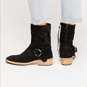 Free people Vienna black Ankle Boot size 9